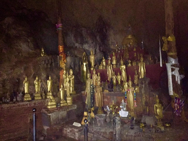 Thousands of Buddhas left by believers
